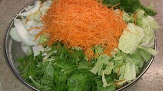 白菜の浅漬け準備